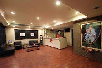 Oyo Rooms Indiranagar 100 Ft Road Hotel Bangalore